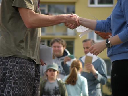 Handshakes 930181 1280