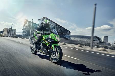 Kawasaki Ninja 125 2019 036