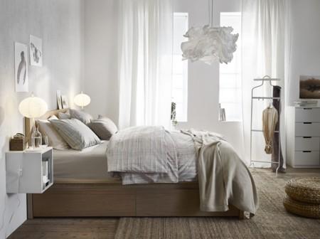 Todo tiende al caos, pero tu dormitorio no tiene por qué: soluciones ideales para ordenar tu habitación