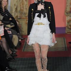 Foto 8 de 15 de la galería christian-lacroix-alta-costura-primavera-verano-2009 en Trendencias