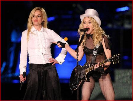 Madonna y Britney Spears juntas en el escenario