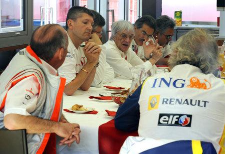 Nace la FOTA: la asociación de equipos de Fórmula 1
