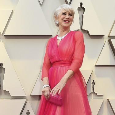 Premios Oscar 2019: Helen Mirren noquea al personal con un diseño de color rosa (y naranja)