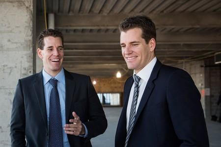 11 millones de dólares invertidos en 2013: los gemelos Winklevoss son los primeros milmillonarios famosos de Bitcoin