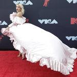 No te pierdas ni un solo look: la alfombra roja (al completo) de los MTV VMAs 2019
