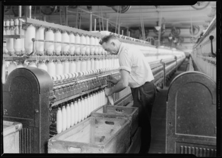 Manchester New Hampshire Textiles Pacific Mills Spinning Doffing Machine Nara 518748 640x457