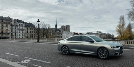 El nuevo Citroën DS 9 llega con tres versiones híbridas enchufables y alcanza los 360 CV en la más potente