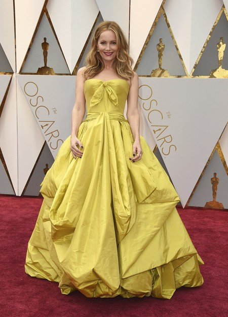 Leslie Mann Zac Posen Oscars 2017