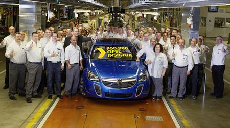 Opel fabrica el Insignia número 750.000