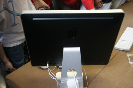 iMac posterior