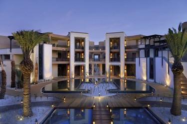 El Royal Palm Hotel de Marrakech, un hotel que se despliega como si fuese una alfombra al pie del Atlas