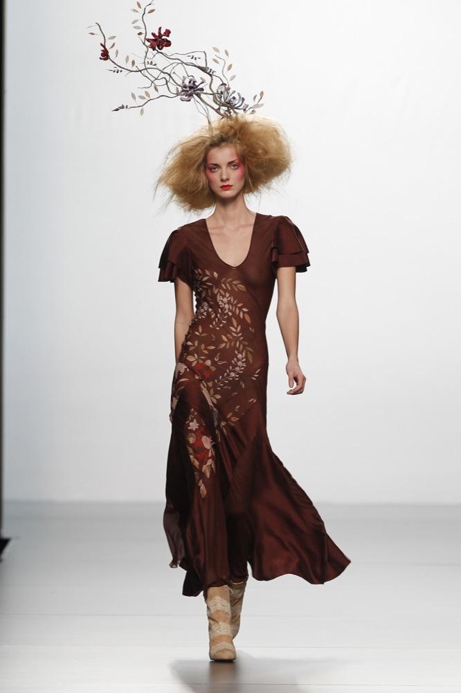 Foto de Elisa Palomino en la Cibeles Madrid Fashion Week Otoño-Invierno 2011/2012 (4/30)