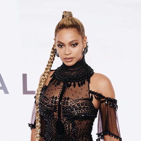 Los naked dress vuelven a la carga: Beyoncé lo enseña todo en el concierto Tidal X 10/15