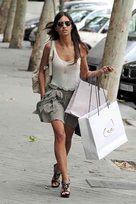 Al 60% de los españoles les gusta ir a comprar ropa