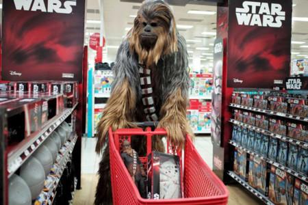 ¿Tu pareja es fan de Star Wars? Estás de suerte: es su año y estos son sus 27 posibles regalos