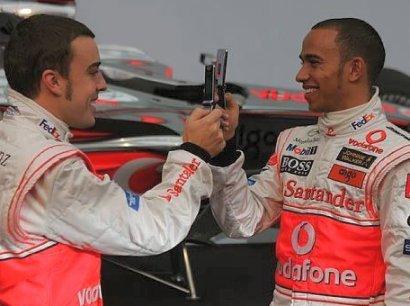 Tirito de Lewis Hamilton a Fernando Alonso
