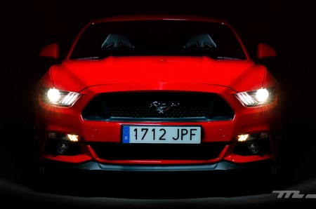 Ford Mustang 2017 002