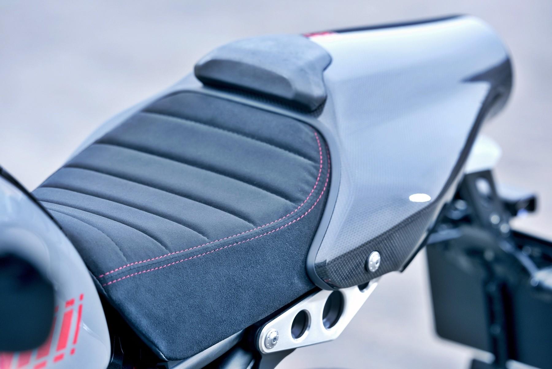 Foto de Yamaha XRS900 Abarth (18/38)