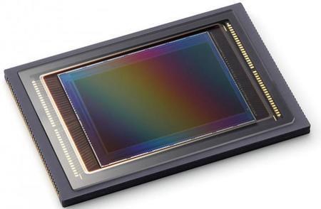 Sony prepara un sensor que permitirá enfocar automáticamente con objetivos manuales