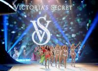 Desfile Victoria's Secret 2012: colorido, fantasía y mucha sensualidad