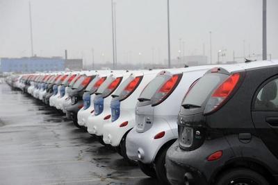 Los participantes en la cumbre del G-20 en Rusia se mueven en Mitsubishi i-MiEV