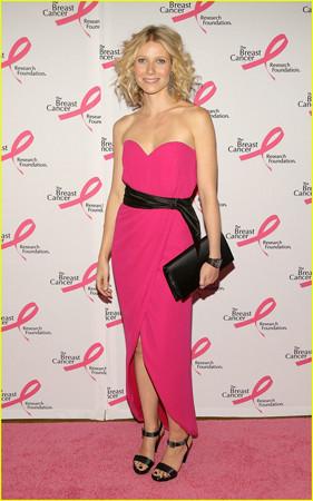 Gwyneth Paltrow y Liz Hurley en la Fiesta del Rosa