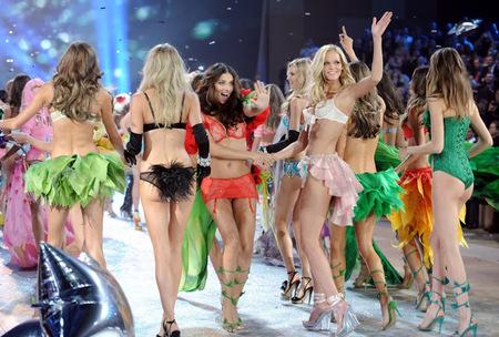 Las top models lo petan en Twitter y las de Victoria's Secret más