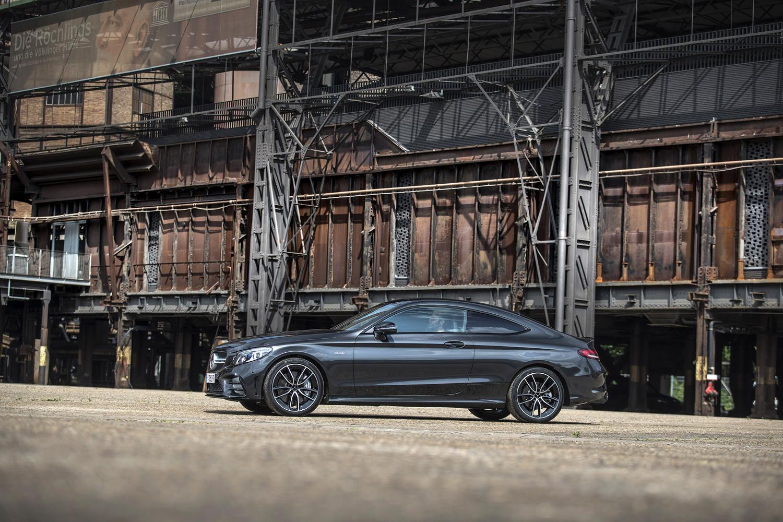 Foto de Mercedes-Benz Clase C 2018, toma de contacto (126/255)