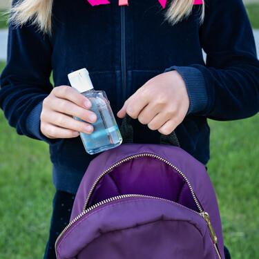 Las intoxicaciones por geles de hidroalcohol en niños aumentan un 900%: qué síntomas pueden provocar y cómo hacer un uso seguro