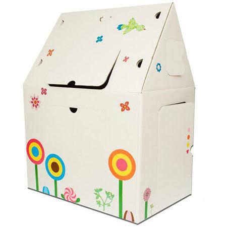 """El """"plan vivienda"""" llega a la infancia: casas de cartón"""