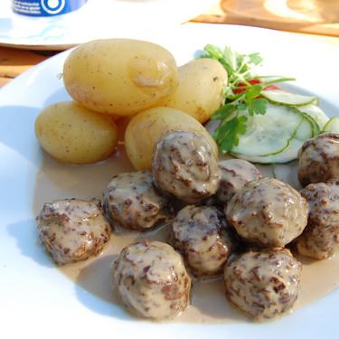 El Gobierno sueco confiesa: las famosas albóndigas de Ikea son en realidad un plato turco