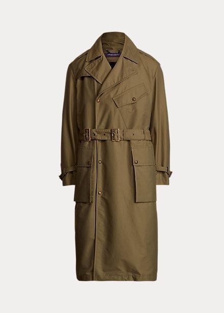 Purple Label reinventa la gabardina con cinturón clásica con esta prenda de abrigo, confeccionada en sarga de algodón ligero y reforzada con un forro extraíble que combina franela de lana y un cálido acolchado; una prenda que aúna versatilidad e innovación.