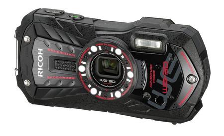 Otra representante del mercado de cámaras de acción es este modelo muy bien  dotado con el que cualquier padre o madre se sentirán seguros de tener una  ... 7081e7c4dc