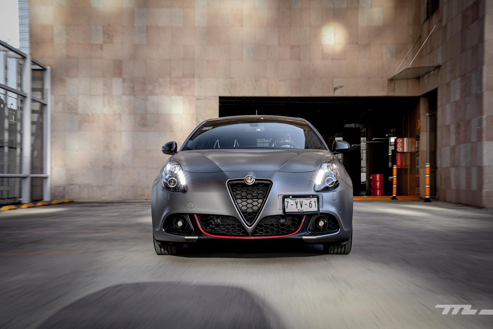 Foto de Alfa Romeo Giulietta 110 Edizione (16/29)