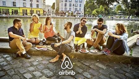 Los usuarios de Airbnb de Barcelona llaman a sabotear la web de detección de la ciudad