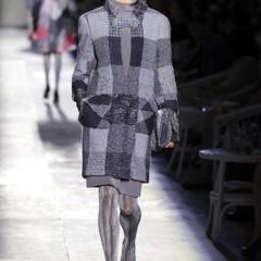 Foto 6 de 61 de la galería chanel-alta-costura-otono-invierno-2012-2013-rosa-gris-brillos-y-nuevo-vintage en Trendencias