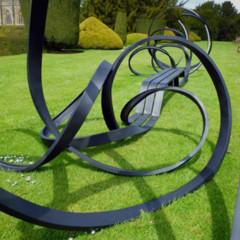 Foto 2 de 7 de la galería sudeley-un-banco-escultural en Decoesfera