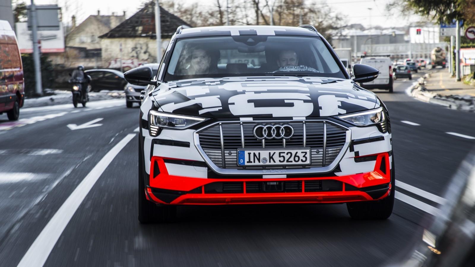 Foto de Audi e-tron prototype (11/21)