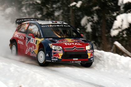 Sébastien Loeb muestra galones en la segunda etapa