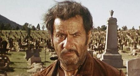 Eli Wallach en ocho películas