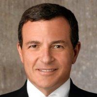 Apple recibe al CEO de Disney en su junta directiva y nombra a Art Levinson como su nuevo presidente