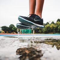 Estas zapatillas Nike son las más vendidas en Amazon y están rebajadísimas en el Black Friday
