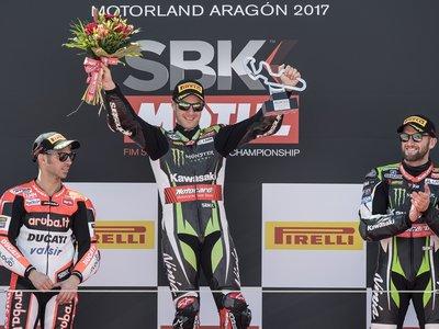 Jonathan Rea sigue imparable y consigue su quinta victoria consecutiva en la primera carrera de Aragón