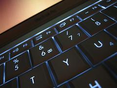 Keyspazz: Retroilumina el teclado de tu portátil con cada tecla que tocas
