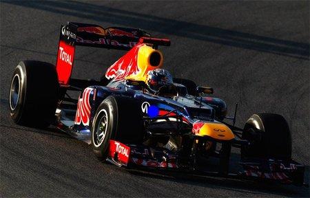"""Sebastian Vettel se """"queja"""" de la falta de grip del RB8"""