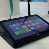 PiPO X8, un set-top-box con Windows 8.1 que también es un tablet de escritorio