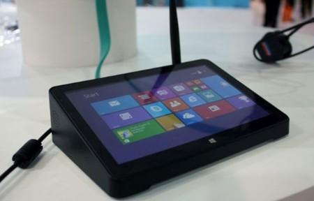 PiPO X8, un set-top-box con Windows 8.1 que también es un tablet de escritorio