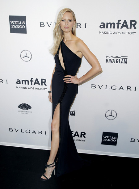 amfar-2014-look-celebrity_karolina_kurkova
