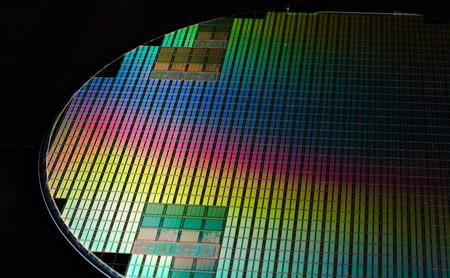 Transistores inversos: qué son, para qué sirven y por qué aspiran a reinventar la electrónica