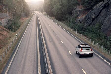 En Noruega la cuota de mercado de coches eléctricos e híbridos enchufables ya es de casi... ¡el 85%!